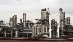 کاهش خوراک واحدهای پالایشی و پتروپالایشی/ وزارت نفت افزایش مقطعی فروش نفت خام را ترجیح داد