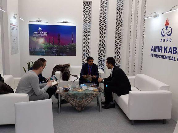 آغاز مذاکرات تجاری پتروشیمی امیرکبیر در نمایشگاه اینتر پلاستیکا روسیه
