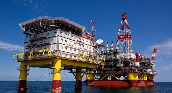 Lukoil completes construction of 7th well in Caspian Sea field