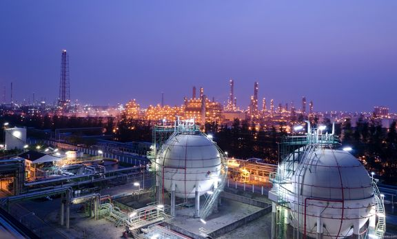 Годовой доход Ирана от продажи продуктов нефтехимии составляет 17 млрд. долларов