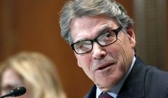 Rick Perry plans his exit as Trump's Energy Secretary.