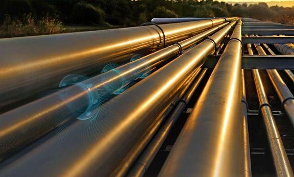 Iran building pipeline to avoid disputed oil waterway.